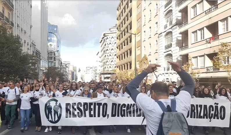 O Movimento Zero e a decomposição do regime