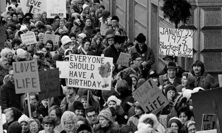 48 anos de aborto livre nos Estados Unidos da América
