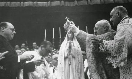 Coroação Solene de Nossa Senhora de Fátima